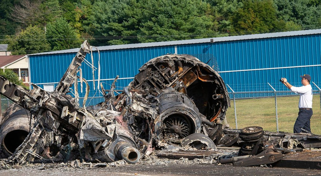 Auto-racing-NTSB-inspects-Earnhardt-plane-crash