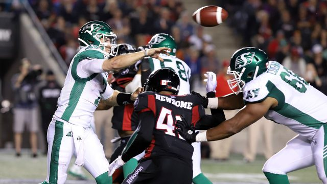 CFL-Roughriders-Fajardo-throws-ball