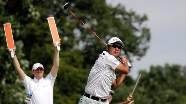 Golf-PGA-Matsuyama-watches-shot