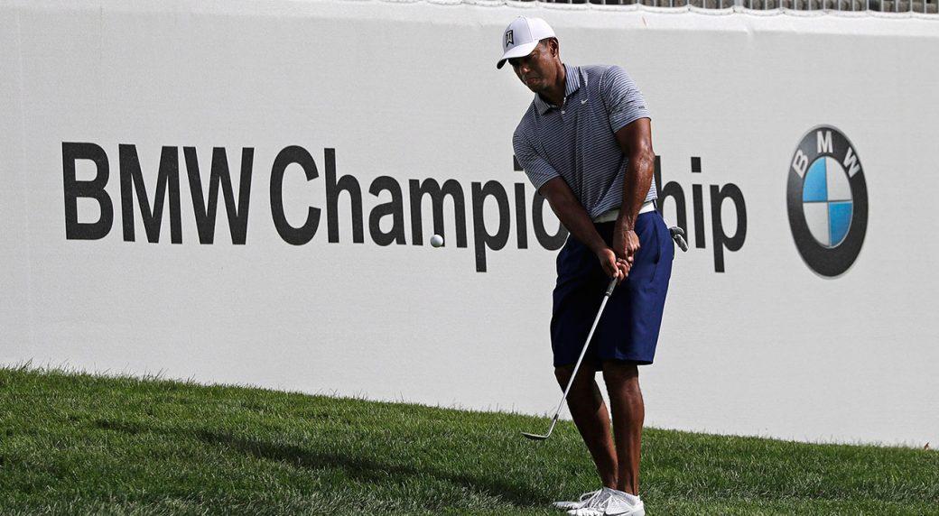 Golf-PGA-Woods-hits-approach-shot
