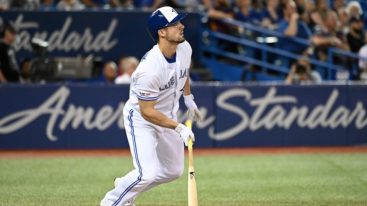 MLB-Blue-Jays-Grichuk-watches-home-run