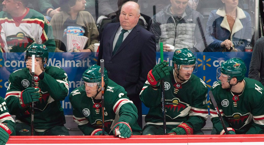 NHL-Boudreau-stands-on-bench