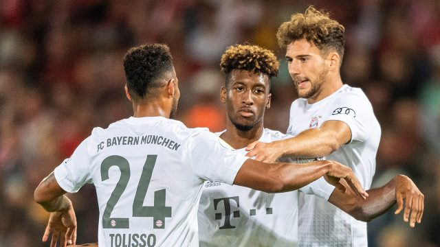 Soccer-Bayern-celebrates-goal