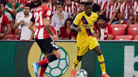 Soccer-Dembele-dribbles-ball