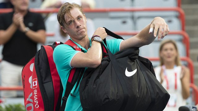 Tennis-ATP-Shapovalov-leaves-court-after-loss