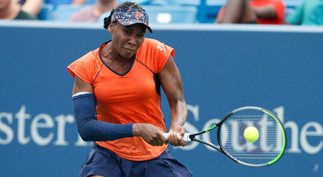 Tennis-WTA-Venus-Williams-returns-shot