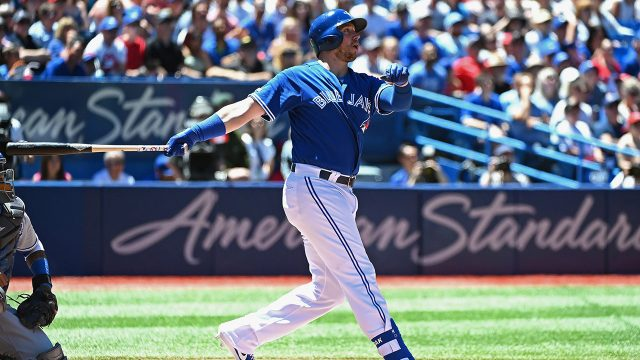 blue-jays-justin-smoak-hits-two-run-home-run