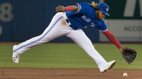 blue-jays-vladimir-guerrero-jr-makes-play-against-mariners