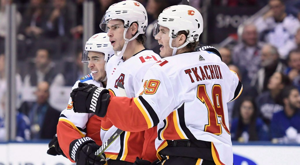 flames-celebrate-goal-against-leafs