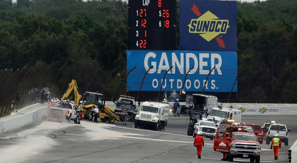 Scott Dixon makes up ground as weather wrecks controversial IndyCar race