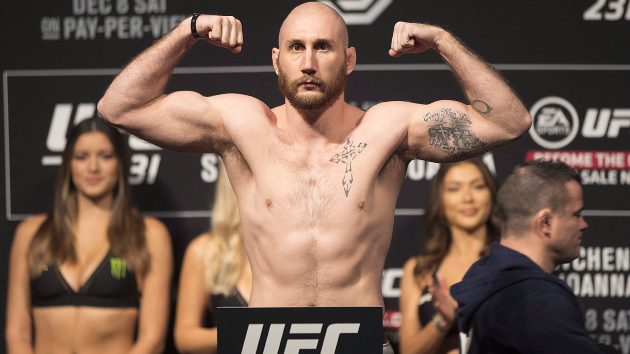 Canada's Kyle (The Monster) Nelson suffers third-round knockout on UFC card