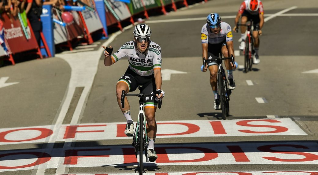 Bennett takes his second Vuelta stage as riders tumble in Oviedo