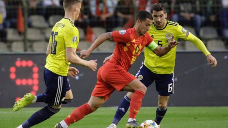 begiums-eden-hazard-dribbles-with-ball-against-scotland