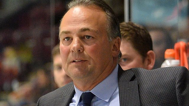dale-hawerchuk-on-barrie-colts-bench