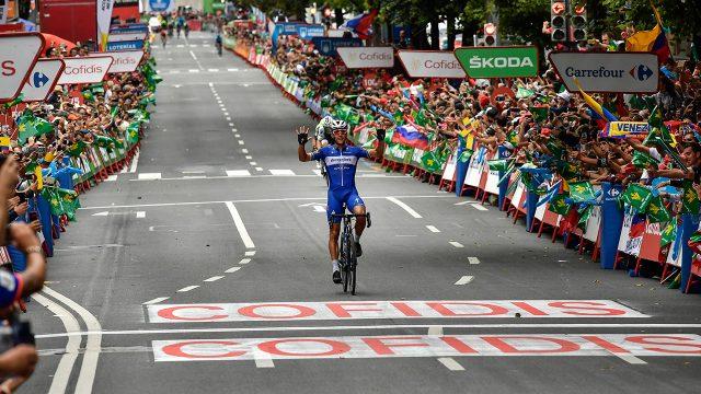 philippe-gilbert-celebrstes-winning-stage-of-spanish-vuelta