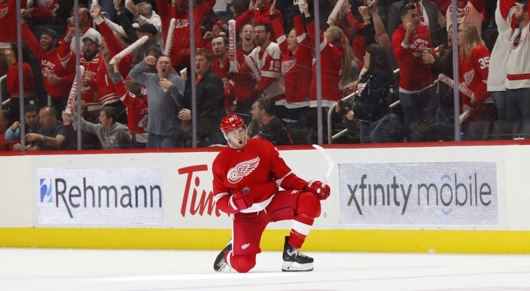 Mantha signs four-year contract with Red Wings