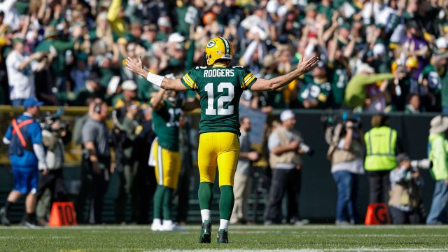 aaron-rodgers-packers-raiders