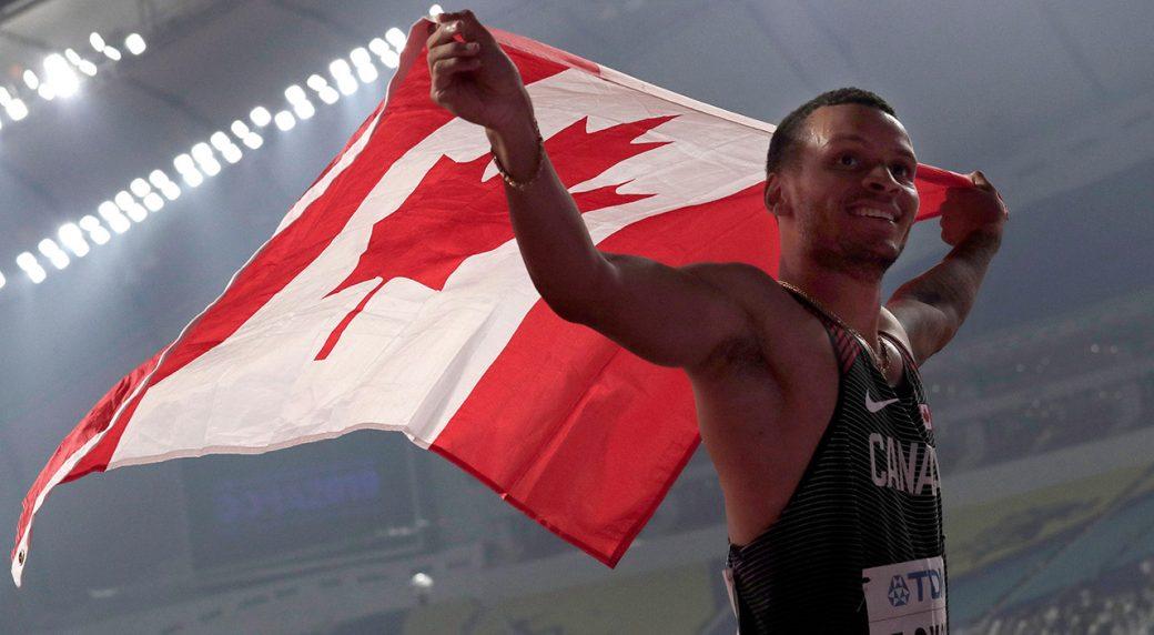 andre-de-grasse-celebrates-silver-in-200-metres