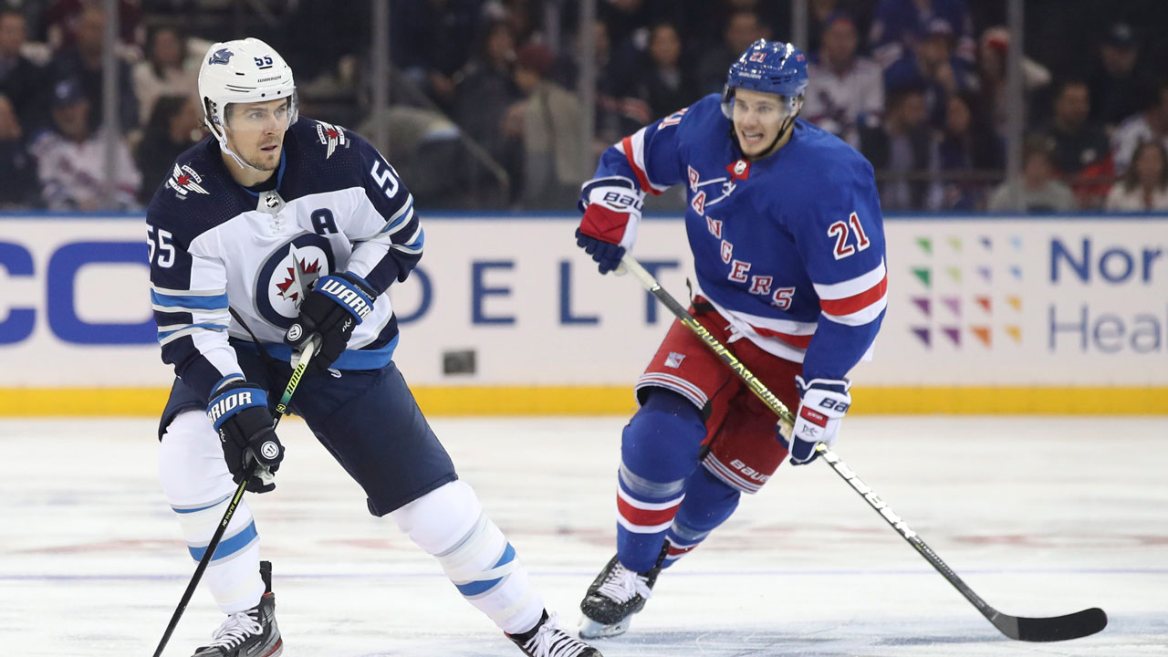 Holden's late goal for Rangers robs the Jets of possible points in season opener