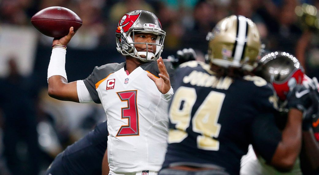 buccaneers-jameis-winston-throws-ball-against-saints