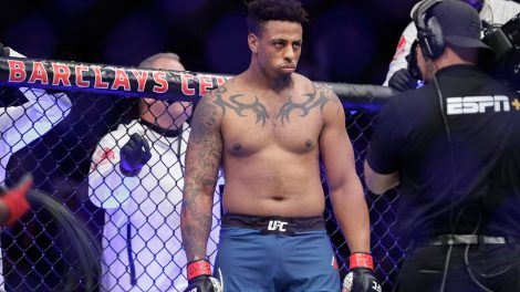 former-nfl-star-greg-hardy-before-ufc-fight