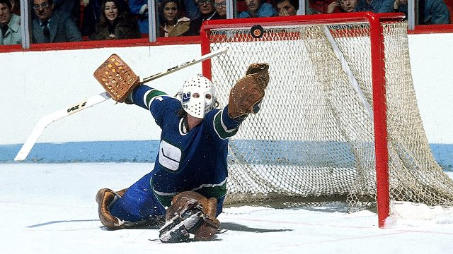 Gary-Smith-of-the-Vancouver-Canucks