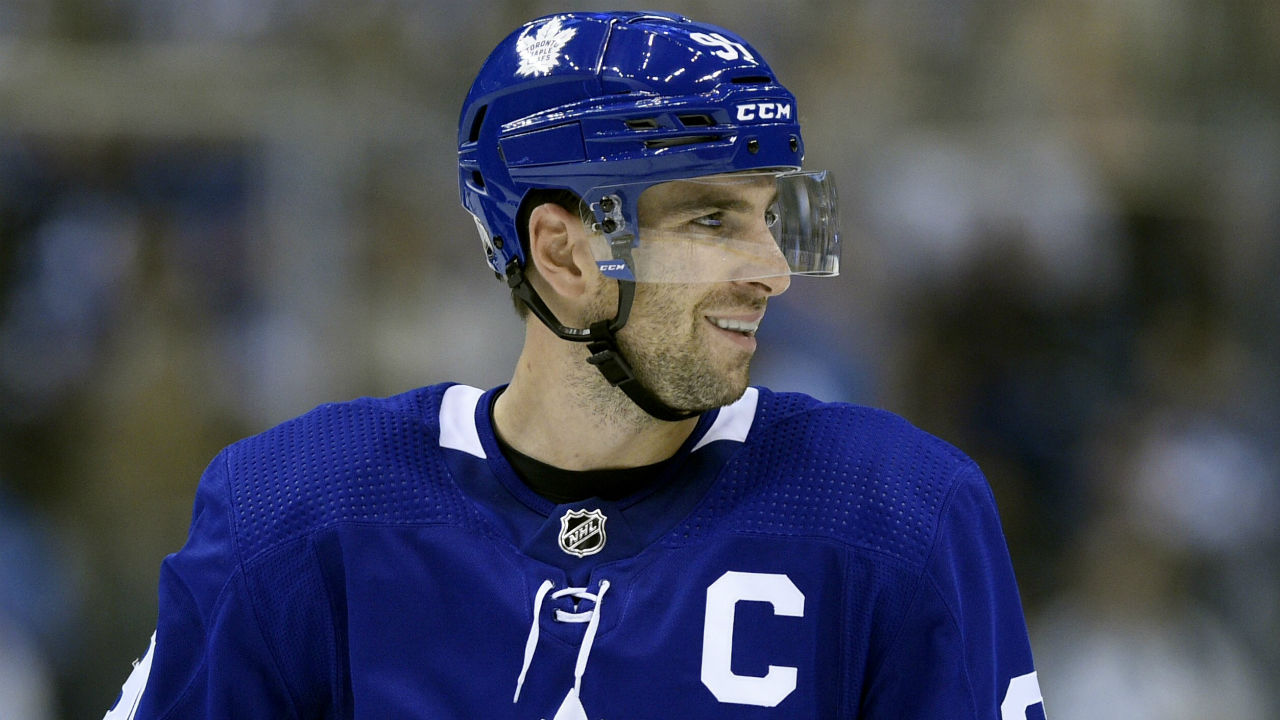 Maple Leafs' John Tavares out at least two weeks with broken finger