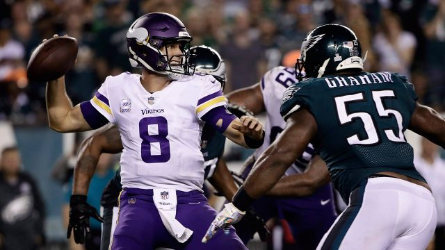 vikings-kirk-cousins-passes-against-eagles