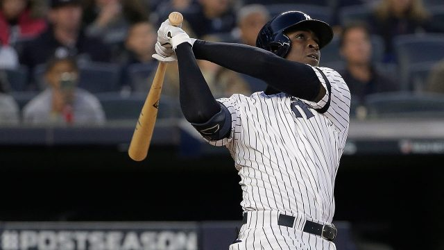 yankees-gregorius-hits-home-run