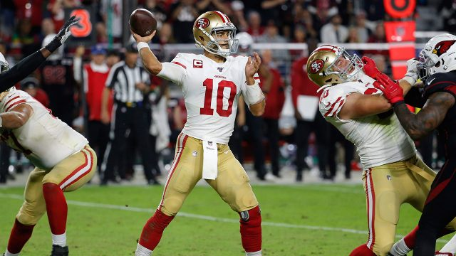 49ers-jimmy-garoppolo-throws-pass-against-cardinals