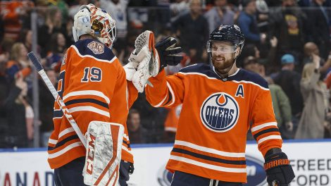 Adam-Larsson-Edmonton-Oilers