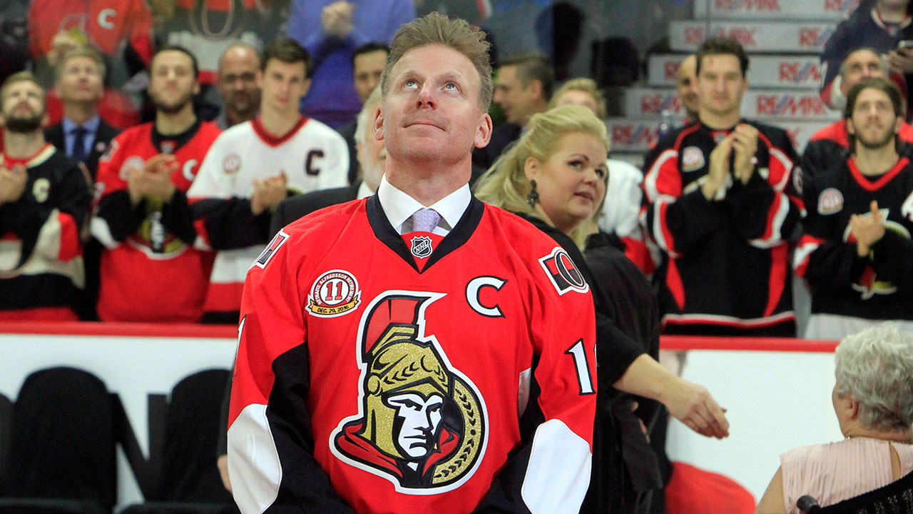 Daniel Alfredsson honours hockey player who died in WWI with reading