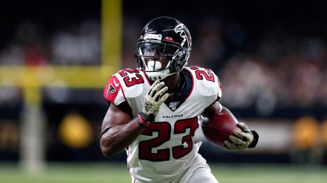 falcons-brian-hill-runs-for-touchdown-against-saints