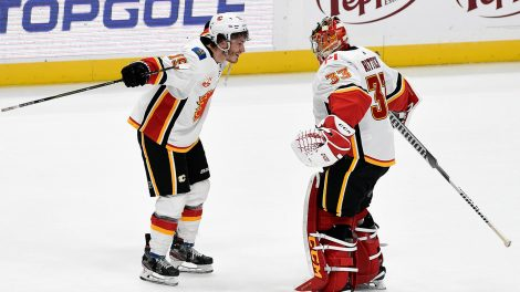 flames-matthew-tkachuk-and-david-rittich-celebrate
