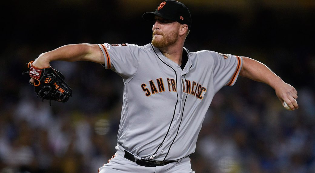 giants-will-smith-throws-against-dodgers