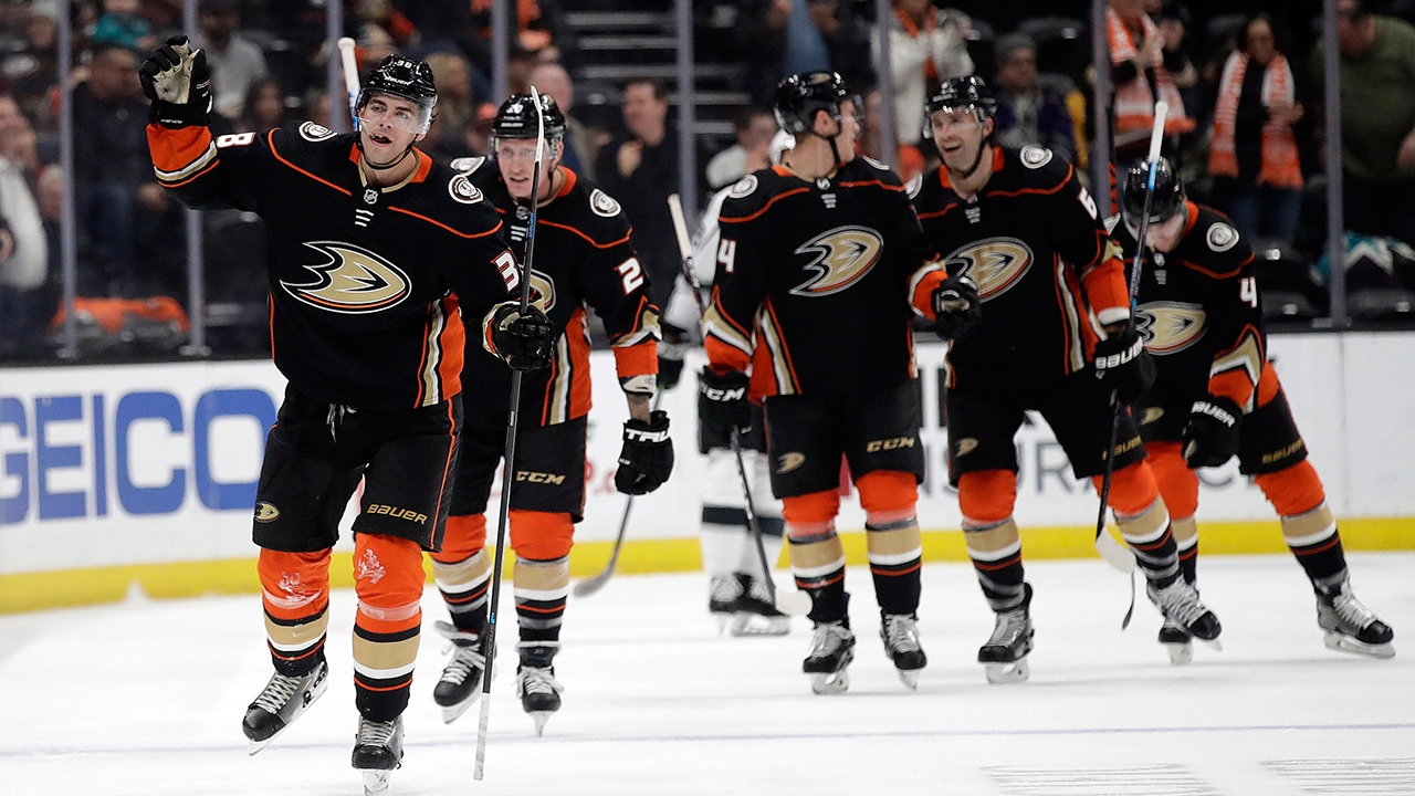 PeKing Ducks. First battle of the Cali rivals goes to Anaheim