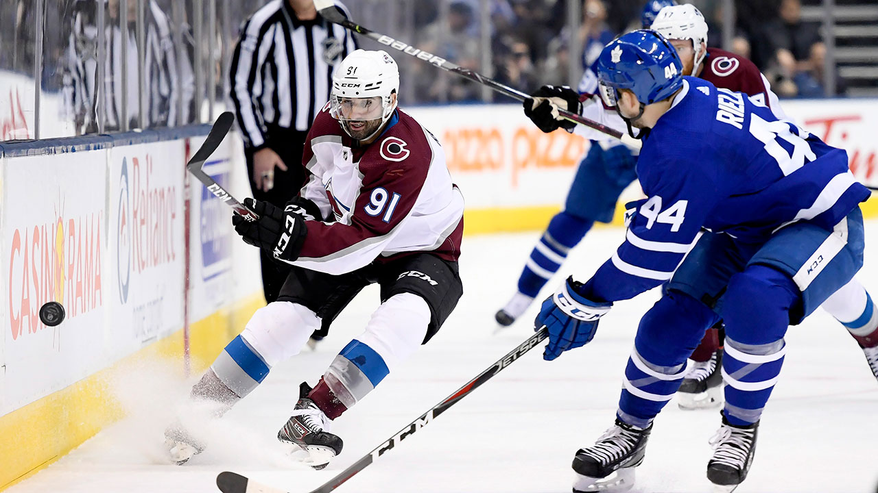 Kadri has a happy homecoming as the Avs top the Leafs in Toronto