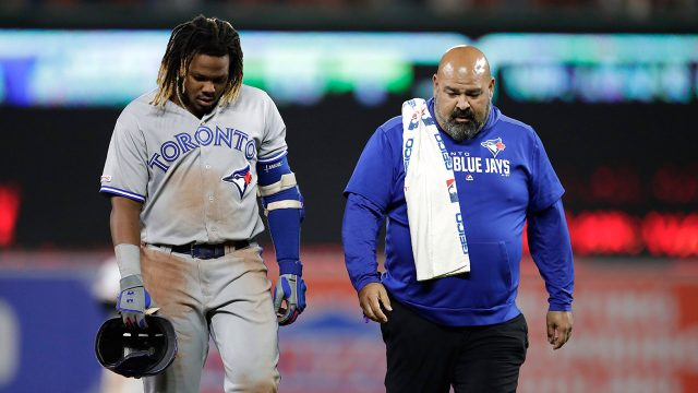 blue-jays-vladimir-guerrero-jr-leaves-field-with-jose-ministral