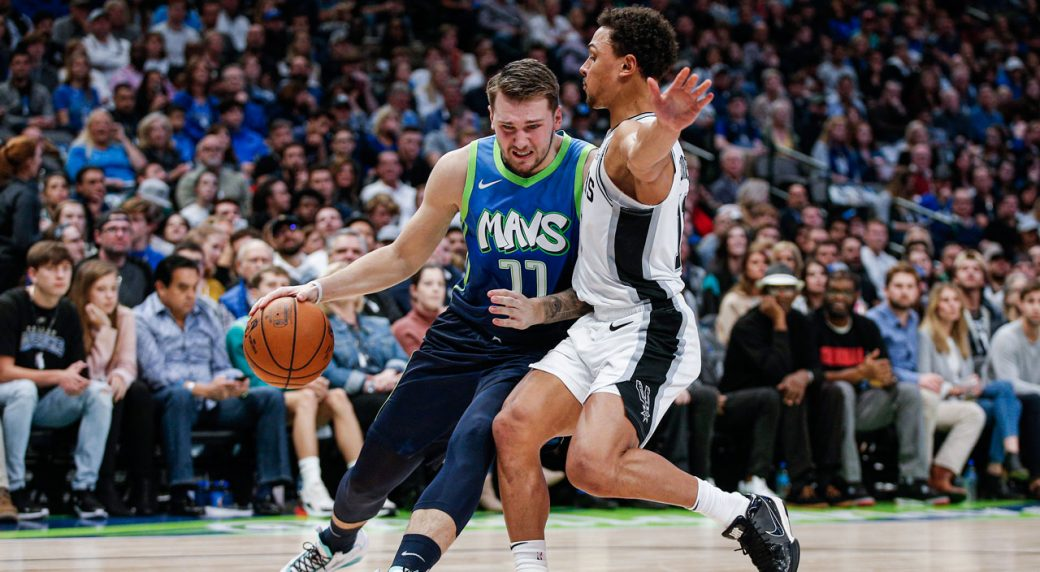 Mavericks' Luka Doncic scores 24 in return from sprained ankle
