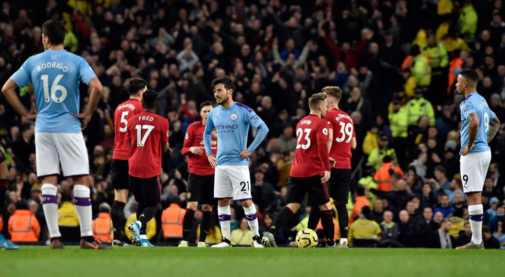 manchester-united-celebrates-goal-in-front-of-city-players