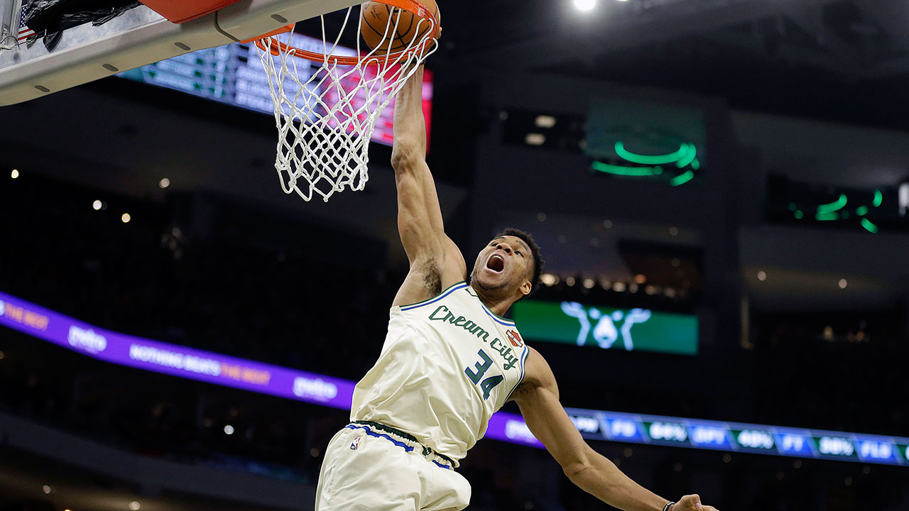 "Giannis-Antetokounmpo-Milwaukee-Bucks ""width ="" 100% ""class ="" size-full wp-image-4827911 ""/> Memphis Grizzlies guard Dillon Brooks (24) drives against New Orleans Pelicans guard Lonzo Ball (2) in the second half of an NBA basketball game Monday, January 20, 2020, in Memphis, Tennessee (Brandon Dill / AP)   <p> Prepare for this story to appear frequently in the coming weeks: </p> <p lang="