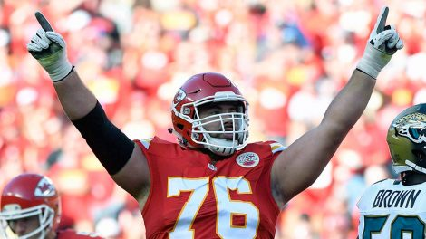 Laurent-Duvernay-Tardif-Kansas-City-Chiefs