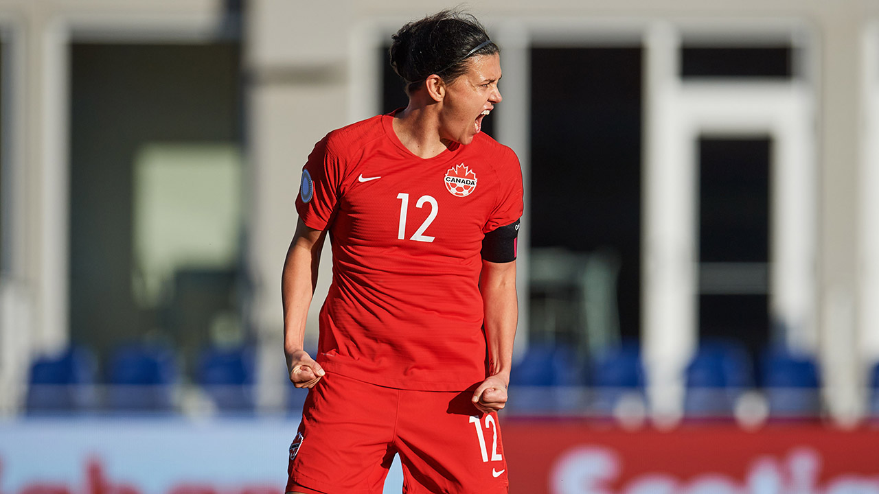 Christine Sinclair thinking about playing soccer beyond 2020 Olympics - Sportsnet.ca