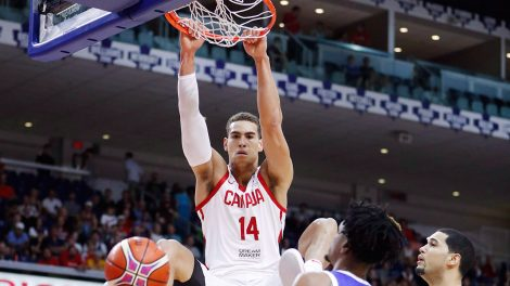 canadas-dwight-powell-slam-dunk