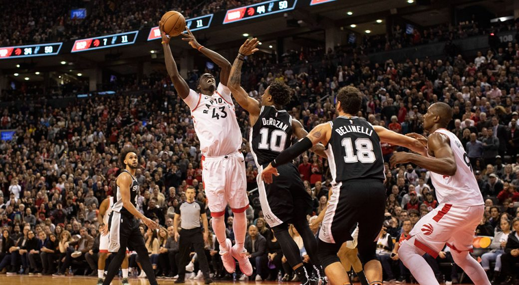 DeRozan scores 25, Spurs rally from 18 down, beat Raptors