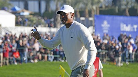 Tiger-Woods-second-round-Torrey-Pines