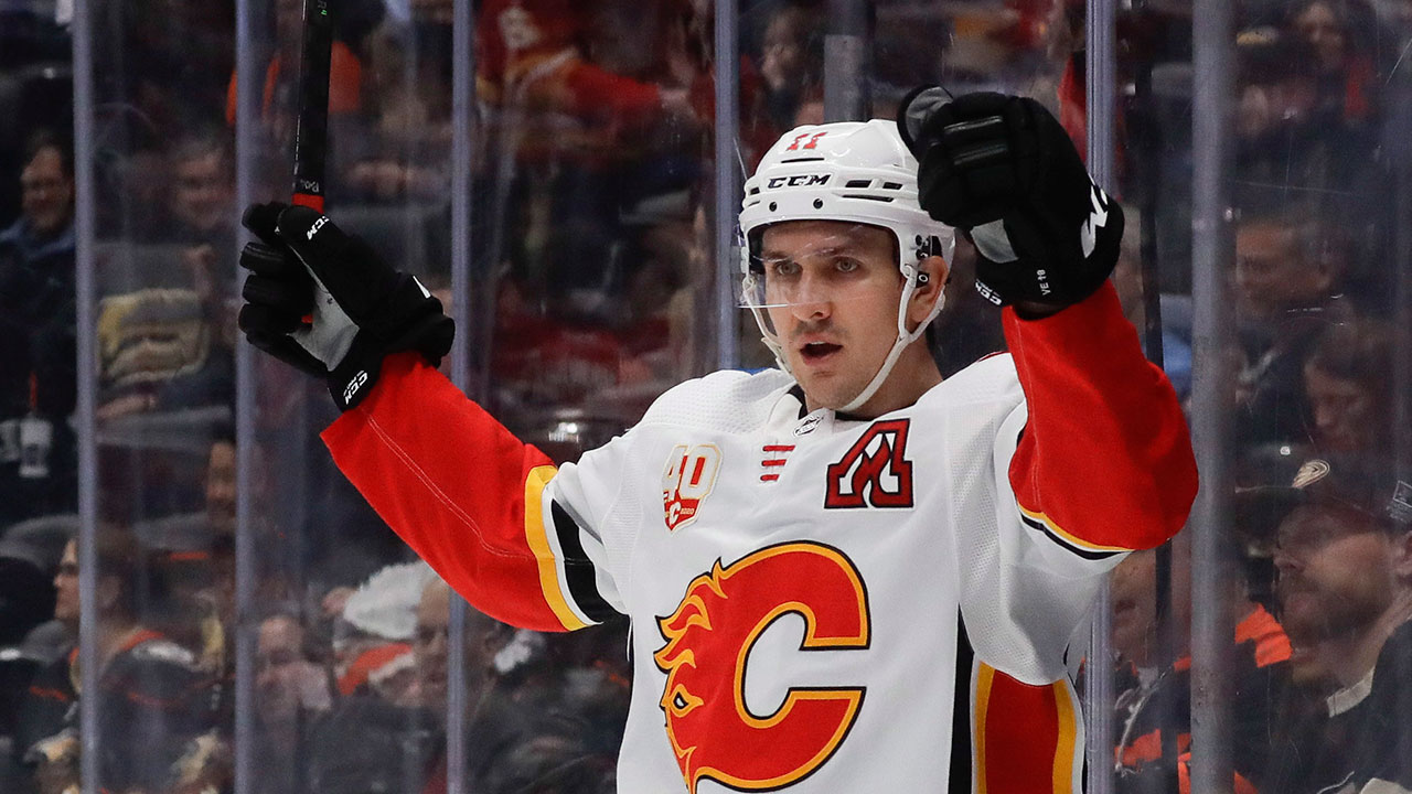 Flames' Backlund hopes to pick up where he left off when season returns - Sportsnet.ca