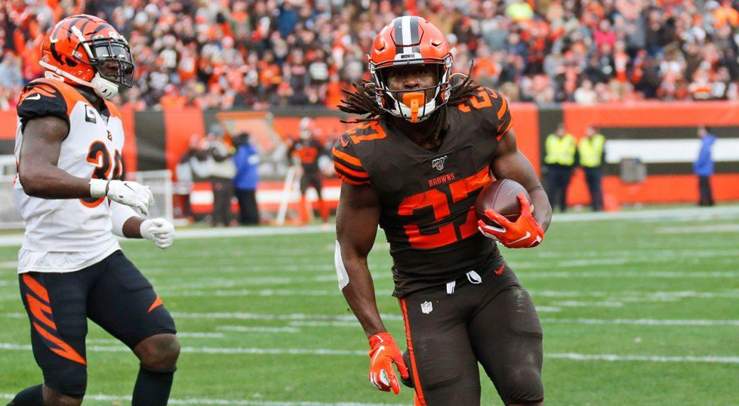 browns-kareem-hunt-scores-touchdown