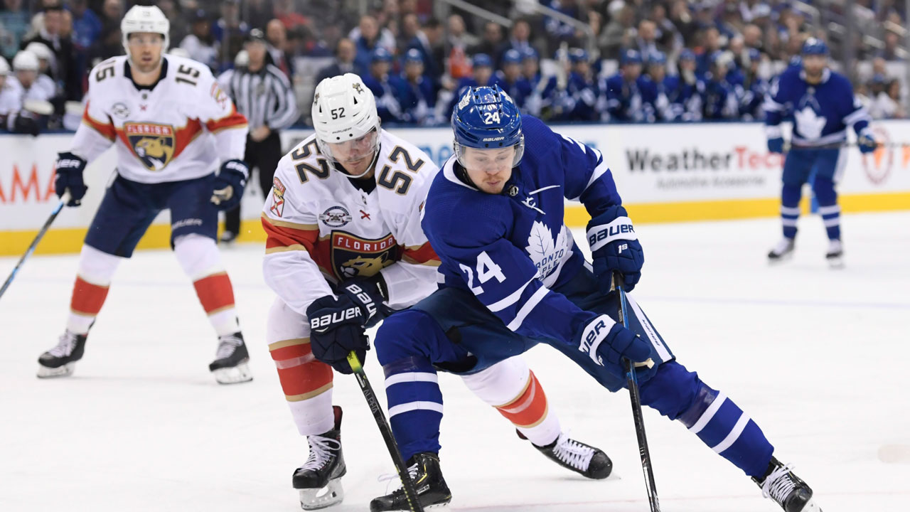 Maple Leafs trade Kapanen to Penguins for 1st-round pick in six-player deal