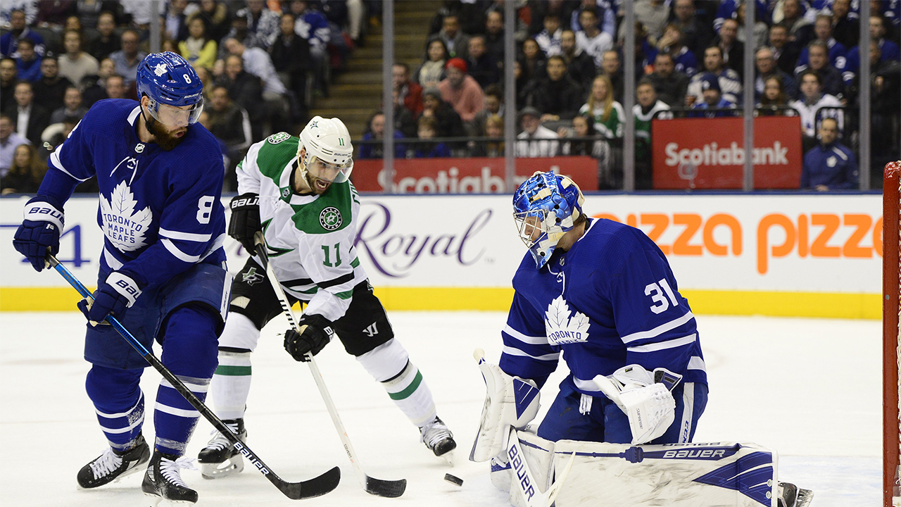 Stars score early and often to ruin Andersen's first game back